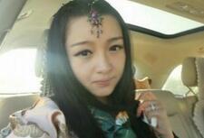 西藏大学校花私照 美艳似芭比娃娃(图)